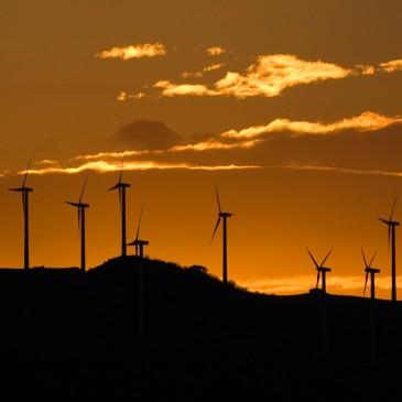Energias renovaveis superam energias fosseis em investimentos.